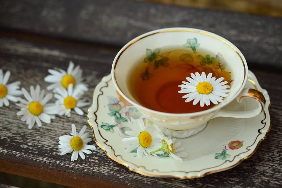 Jaka herbata jest najlepsza na jesień i zimę?